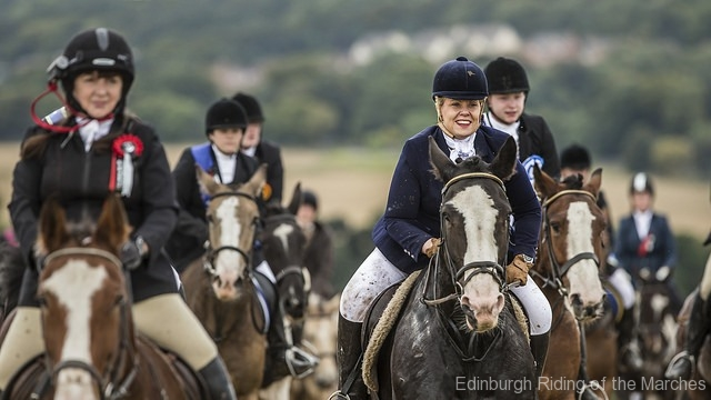 Edinburgh-Riding-of-the-Marches-action-shot-photo-by-Phunkt.com_